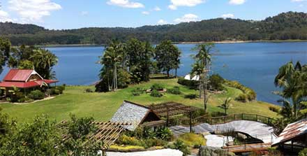 Lakeside-Lake-Baroon-Scenic-Rim